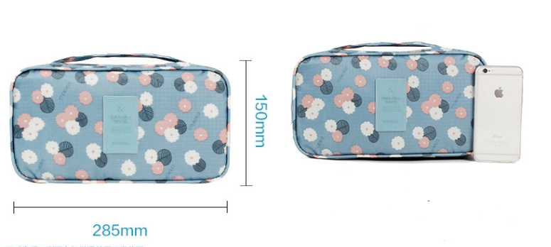 underwear travel bag size