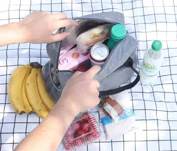 picnic tote bag daily life