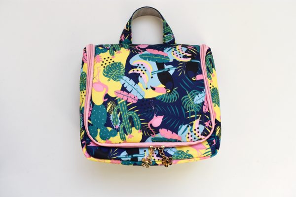 wholesale women's toiletry bag customized
